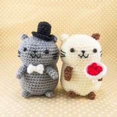 cat couple Cat Couple Amigurumi Crochet - great for wedding decor! Crochet Gifts, Cute Crochet, Crochet Dolls, Knit Crochet, Crochet Wedding Gifts, Amigurumi Patterns, Crochet Patterns, Cat Couple, Crochet Animals