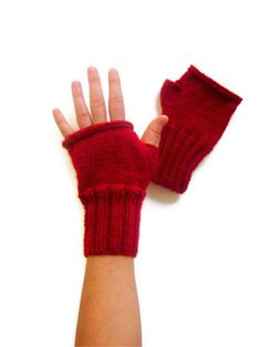 Arm Mittens Glove /  january Trends / Hand knit by gloveshop, $30.00