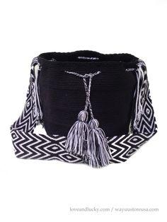 Wayuu Bag ~ Authentic Wayuu Mochila Bags handmade by the Wayuu Indigenous. Crossbody x strap drop ~ Tapestry Crochet, Knit Crochet, Crochet Bags, Boho Bags, Large Bags, All About Fashion, Lana, My Etsy Shop, Trending Outfits