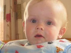Det er delte meninger om rekkefølgen av kornslag til baby sin grøt. Jeg presenterer to ulike tiln...