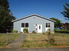 HUD HOME - Case # 561-005047. Back on market! Another investment opportunity! 3bd/ 1.5ba, 1386 sq ft, $147,600. Buckley, WA www.hudhomestore.com