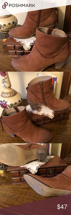 """Steve Madden Tan Suede Booties Steven Suede Booties by Steve Madden. Cognac brown. Size 8.5. Approximate 2 1/2""""!stacked heel. Back heel zipper with suede zipper pulls. Chic with skinnies!! Steven By Steve Madden Shoes Ankle Boots & Booties"""