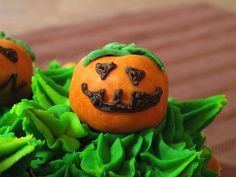 Recipe: evil pumpkin patch cupcakes