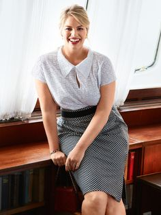 Set Sail: 9 New Plus Size Women's Sewing Patterns Amy Winehouse, Plus Size Skirts, Plus Size Blouses, Blouse Patterns, Sewing Patterns, Long Sleeve Tunic, Short Sleeve Dresses, Nicole Neumann, Burda Style Magazine