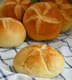 Bakers Gonna Bake, Biscuit Bread, Good Food, Yummy Food, Bread Cake, Sourdough Bread, Bread Baking, Food Hacks, Breakfast Recipes