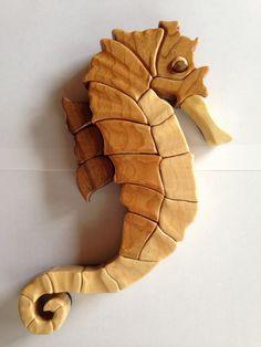 Caballito de madera taracea por TSladeWoodCreations en Etsy