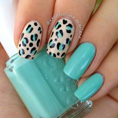 Can't go wrong with The coloring blends well with this type of Fabulous Nails, Gorgeous Nails, Love Nails, Pretty Nails, Creative Nail Designs, Beautiful Nail Designs, Nail Art Designs, Fish Nails, Nail Polish Style