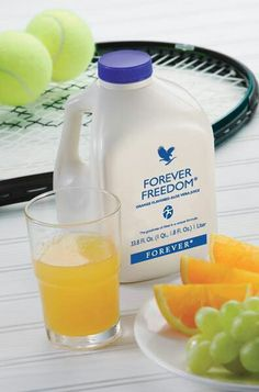 Forever Freedom® - An aloe vera based drink that effectively supports joint health in a tasty, orange-flavored juice formula. Due to the aloe vera carrier, this drink is easy to assimilate. Ideal for sporty or mature people. Forever Aloe, Forever Living Aloe Vera, Make Forever, Aloe Vera Gel, Gel Aloe, Aloe Vera Juice Drink, Aloe Drink, Berry, Forever Living Products