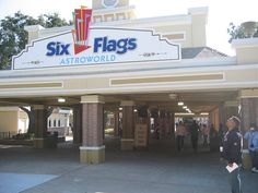 How to use Six Flags Coupons You can save on admission to Six Flags by purchasing tickets under their