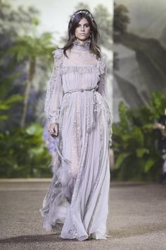 ELIE SAAB  HAUTE COUTURE  SPRING SUMMER 2016-2017 PARIS FASHION WEEK