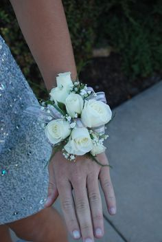1000+ ideas about Prom Corsage on Pinterest | Wrist Corsage, Prom ...