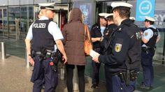 Flughafen-Polizistin droht der Rauswurf