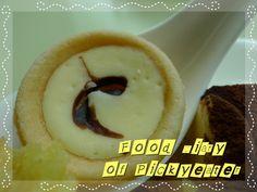 A Spoonful of mini tart!  http://yumyumbites.blogspot.com/2012/07/hi-tea-buffet-at-swez-brasserie-part-2.html#
