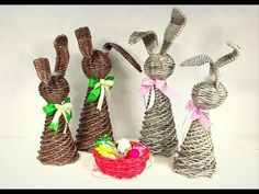 Diy And Crafts, Paper Crafts, Newspaper Basket, Old Magazines, Plant Hanger, Quilling, Wicker, Christmas Ornaments, Holiday Decor