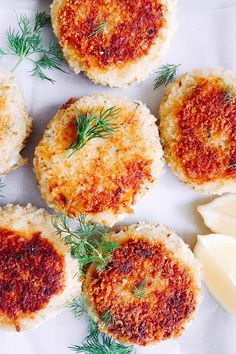 Fish cakes with potato and dill - super easy to make and perfect for lunch or a light dinner. Serve with a simple salad Easy Fish Cakes, Tuna Fish Cakes, Fish Cakes Recipe, Salmon Cakes, Easy Cake Recipes, Fish Recipes, Baby Food Recipes, Seafood Recipes, Cooking Recipes