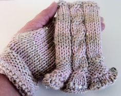 Reginas Timeless Knits    ****READY TO SHIP****   Welcome to my shop.    Fingerless Gloves, Mittens.    Loro Piana 100% Cashmere the Finest