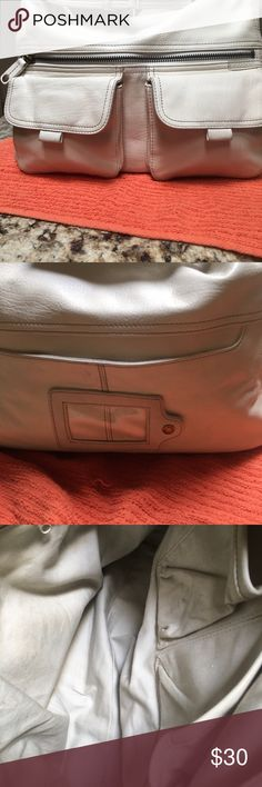 Leather purse Cream white like new have Lotta pockets inside outside ID in the back Great condition Fossil Bags Shoulder Bags