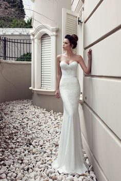 Julie Vino- 2013 Bridal collection- Geometrically beaded wedding dress