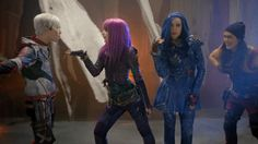 Mal Evie Jay and Carlos singing ways to be wicked in descendants 2