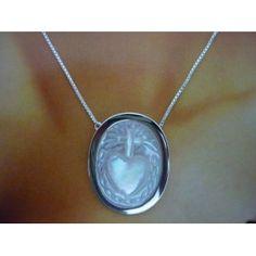 Sagrado Coração de Jesus em Madrepérola no cordão veneziano 45 cm - Liege Ribeiro