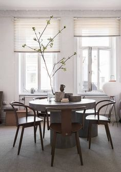 Look Out: These 5 Pottery Barn Paint Colors Are Going to Be Huge This Summer Scandinavian Living, Scandinavian Design, Pottery Barn Paint Colors, Home Decor Bedroom, Room Decor, Modern Glass Coffee Table, Rooms Ideas, Pottery Barn Furniture, Concrete Dining Table