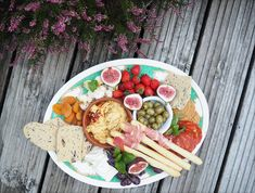 Perfect antipasti platter inspiration for when you have friends coming over and want to whip up something quick, easy and delicious! Antipasti Platter, Home Recipes, Yummy Food, Cheese, Easy, Delicious Food