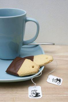 Tea Time Kekse - und dazu Tee und fertig ist das Mitbringsel.