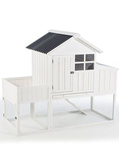 Here, we've rounded up the very best chicken coops and chicken coop plans. From large coops to small coops and everything in between, our picks prove you don't need to sacrifice quality or beauty for practical considerations. Chicken Coop Kit, Cheap Chicken Coops, Chicken Coop Signs, Portable Chicken Coop, Best Chicken Coop, Backyard Chicken Coops, Building A Chicken Coop, Chickens Backyard, Chicken Feed