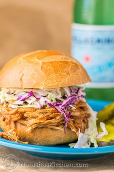 Pulled chicken This crockpot BBQ chicken is so easy to make - just put everything into the slow cooker, no special prep. It's fall-apart tender, and delicious. Slow Cooker Shredded Chicken, Slow Cooker Bbq, Slow Cooker Recipes, Cooking Recipes, Healthy Recipes, Grilling Recipes, Bbq Chicken, Chicken Recipes, Chicken Salads