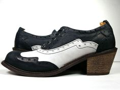 NWOB $299 JOHN FLUEVOG Womens Shoes Size 11 Black Oxfords *EXCELLENT* #JohnFluevog #Oxfords #WeekendProfessionalTravel