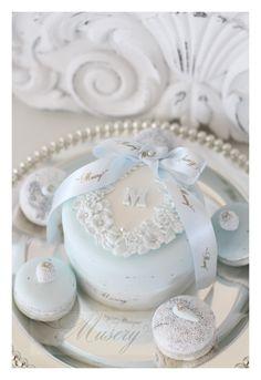 イニシャルクレイケーキ の画像|クレイケーキSHOP〜Clay boutique Musery(クレイブティック ミューズリー)阪急百貨店うめだ本店ブライダルサロンにて販売(常設)
