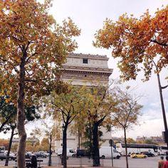 Autumn palette at Place de L'Etoile  #meetparis by lostncheeseland
