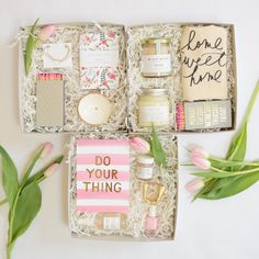 """Anything is possible with sunshine and a little pink."" -Lilly Pulitzer Includes: * Kern and Flourish Gold Foil ""Do Your Thing"" Print * French Girl Organics ""Rose"" Lip Polish * Gift Shop Brooklyn Elastic for Hair and Wrist * Lillian Eve ""B"