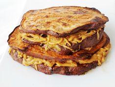 Τοστ χωρίς τυρί, δεν γίνεται. Τοστ χωρίς ψωμί όμως, γίνεται!... Lasagna, French Toast, Sandwiches, Cooking Recipes, Breakfast, Hot, Ethnic Recipes, Morning Coffee, Chef Recipes
