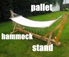 It's the beginning of the summer so what's better than laying in your homemade hammock stand. This projects is completely made of pallets. It can hold around 60 kilo or 132 lbs. the entire thing is 290 cm or 114 inches long and 100 cm or 39 inches wide. So just follow these simple steps and you will be laying in your own hammock stand in no time. For this project you'll need: -10 120 cm or 47 inches pallet planks-two 100 cm or 39 inch pallet planks -two 50 cm or 20 inch pallet planks. -9…