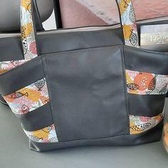 Béatrice Lannuzel Peron sur Instagram: Un perit dernier ??? Voici le dernier né de chez Sacôtin : le biguine!! Un joli sac très pratique avec ses 3 poches sur le devant, ses…
