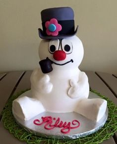 Frosty the Snowman cake                                                                                                                                                                                 More