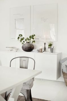 Sideboard dekorieren – 99 schicke Dekoideen für Ihr Zuhause #elegant #wohndesign #livingroom #kommode #decor #anrichte
