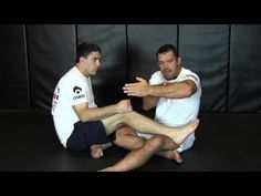 The World's Premier Leg Attack Expert Dean Lister Shows a Legal Footlock. Jiu Jutsu, Bjj Techniques, Jiu Jitsu Training, Brazilian Jiu Jitsu, Martial Arts, Dean, Exercise, Couple Photos, Hustle