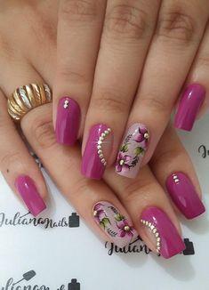 29 Fotos de Unhas com Flores Bonitas Nagellack Design, Pink Nail Art, Pretty Nail Art, Flower Nails, Nail Art Hacks, Nagel Gel, Stylish Nails, Red Nails, Manicure And Pedicure