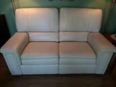 Causeuses Canada, Sofa, Couch, Furniture, Home Decor, Home, Settee, Settee, Decoration Home