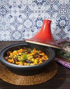 Tajine de garbanzos y verduras. Asian Recipes, Gourmet Recipes, Vegetarian Recipes, Cooking Recipes, Healthy Recipes, Ethnic Recipes, Eat Smart, Middle Eastern Recipes, International Recipes