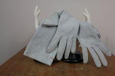 vintage 1950s silver gloves / NOS 50s 60s by livinvintageshop