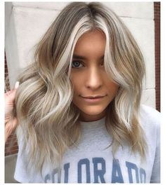 silver blonde hair icy short