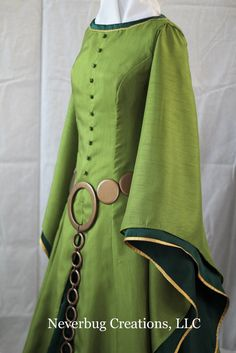 Adult Scottish Queen Custom Costume by NeverbugCreations on Etsy, $700.00