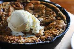 skillet cookie sundae | http://www.foodnetwork.com/recipes/ree-drummond/skillet-cookie-sundae.html