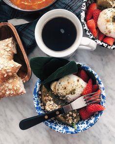 "@seanandeileen on Instagram: ""* 바쁜 근로자의날🤪 그래도 아침은 든든히 먹고 시작하장 스스방☕ 오늘은 수퍼푸드 스타트💜 _"" Chocolate Fondue, French Toast, Cheese, Breakfast, Ethnic Recipes, Desserts, Food, Morning Coffee, Tailgate Desserts"