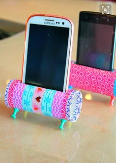 Getting tired of holding your phone hours? Well in that case this is for you! All our toilet rolls go to waste why not use them and make them into some thing we need! All you need is just a toilet roll some colorful washi tape to cover it and some thumb tacks for legs and decorate as desired.. Not only does it hold your phone but acts like speakers! AWESOME! Go do it DIYer's!