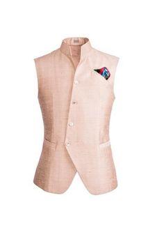 Sherwani Ideas for Grooms Wedding Dress Men, Wedding Suits, Indian Men Fashion, Mens Fashion, Indian Jackets, Mens Ethnic Wear, Indian Groom Wear, Mens Indian Wear, Waistcoat Men