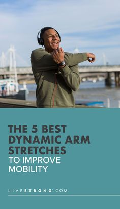 The dynamic arm stretches improve mobility through the shoulders, elbows and wrists. Try them before exercise for a dynamic arm warm-up and improve your performance. Swimming Strokes, Dynamic Stretching, Arm Circles, Good Stretches, Shoulder Joint, Workout Warm Up, Strength Training Workouts, Muscle Tissue, Yoga Meditation